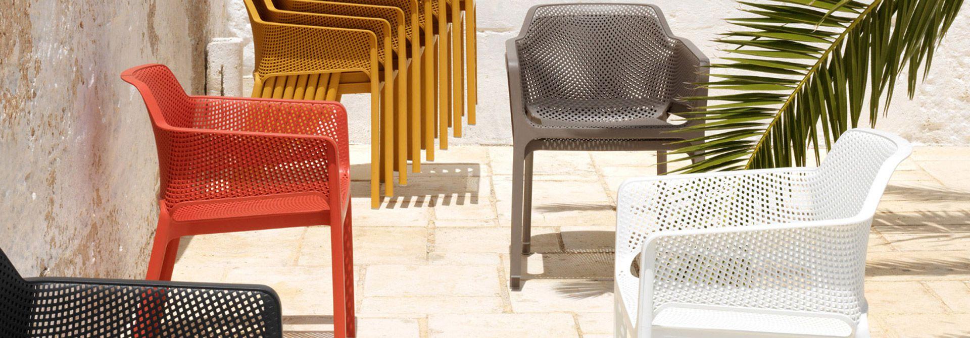 Mar Sedie E Tavoli.Duedi Tavoli E Sedie Vendita E Produzione Tavoli Sedie Sedute